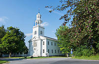 Bennington Vermont VT, large church called First Congregational Church with steeple built in 1805 and called the Old First Church