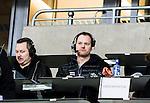 Stockholm 2015-03-14 Bandy SM-final herrar Sandvikens AIK - V&auml;ster&aring;s SK :  <br /> Radiosportens bandyexpert expert Magnus Muhr&eacute;n p&aring; pressl&auml;ktaren i Tele2 Arena under matchen mellan Sandvikens AIK och V&auml;ster&aring;s SK <br /> (Foto: Kenta J&ouml;nsson) Nyckelord:  SM SM-final final Bandyfinal Bandyfinalen herr herrar VSK V&auml;ster&aring;s SAIK Sandviken portr&auml;tt portrait