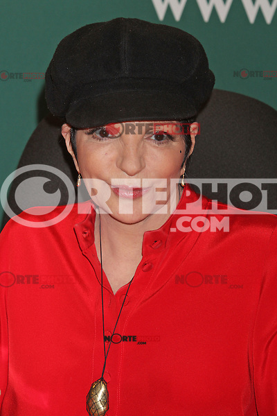 """Liza Minnelli signing her CD, """"Liza Minnelli: Live at the Winter Garden"""" at Barnes & Noble Fifth Avenue in New York, 09.05.2012..Credit: Rolf Mueller/face to face /MediaPunch Inc. ***FOR USA ONLY***"""