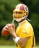 Ashburn, VA - June 16, 2007 -- Washington Redskin starting quarterback Jason Campbell (17) throws a warm-up pass as he  participates in the second day of the second and final mini-camp at Redskin Park in Ashburn, Virginia on Saturday, June 16, 2007..Credit: Ron Sachs / CNP