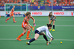 The Hague, Netherlands, June 09: During the field hockey group match (Women - Group A) between The Netherlands and Korea on June 9, 2014 during the World Cup 2014 at Kyocera Stadium in The Hague, Netherlands. Final score 3-0 (1-0)  (Photo by Dirk Markgraf / www.265-images.com) *** Local caption *** Roos Drost #26 of The Netherlands, Sena Cha #7 of Korea