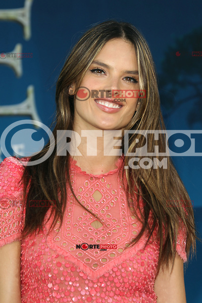 Alessandra Ambrosio at Film Independent's 2012 Los Angeles Film Festival Premiere of Disney Pixar's 'Brave' at Dolby Theatre on June 18, 2012 in Hollywood, California. &copy;&nbsp;mpi28/MediaPunch Inc. NORTEPHOTO.COM<br /> NORTEPHOTO.COM<br /> **SOLO*VENTA*EN*MEXICO**