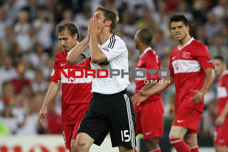 UEFA Euro 2008 Semi-Finals Match 29 Basel - St. Jakob-Park. Deutschland ( GER ) - T&uuml;rkei ( TUR ) 3:2 ( 1:1 ). <br /> Thomas Hitzlsperger ( Germany / Mittelfeldspieler / Midfielder / VfB Stuttgart #15 ) trauert einer vergebenen Chance hinterher und h&auml;lt sich das Gesicht mit den H&auml;nden.<br /> Foto &copy; nph (  nordphoto  )