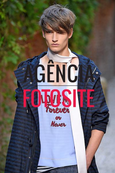 Andrea Pompilio-<br /> Milan Menswear Spring Summer 2016 - June 2016