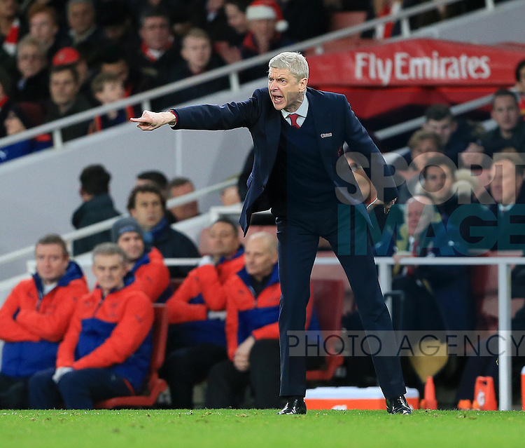 Arsenal's Arsene Wenger in action<br /> <br /> Barclays Premier League- Arsenal vs Manchester City - Emirates Stadium - England - 21st December 2015 - Picture David Klein/Sportimage