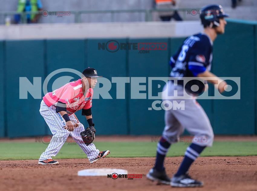 Carlos Gastelum, durante el partido3 de beisbol entre Naranjeros de Hermosillo vs Yaquis de Obregon. Temporada 2016 2017 de la Liga Mexicana del Pacifico.<br /> &copy; Foto: LuisGutierrez/NORTEPHOTO.COM
