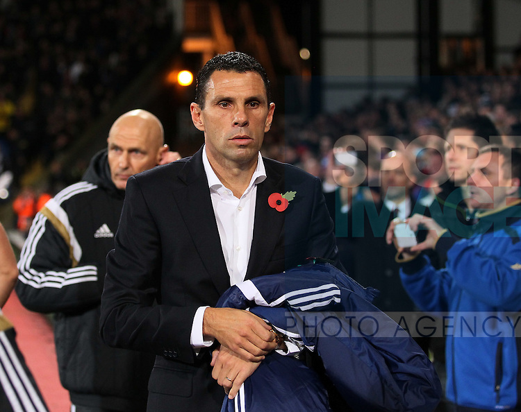 Sunderland's Gus Poyet looks on<br /> <br /> - Barclays Premier League - Crystal Palace vs Sunderland- Selhurst Park - London - England - 3rd November 2014  - Picture David Klein/Sportimage
