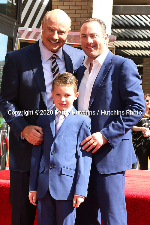 LOS ANGELES - FEB 21:  Dr Phil McGraw, London Philip McGraw,  and Jay McGraw at the Dr Phil Mc Graw Star Ceremony on the Hollywood Walk of Fame on February 21, 2019 in Los Angeles, CA
