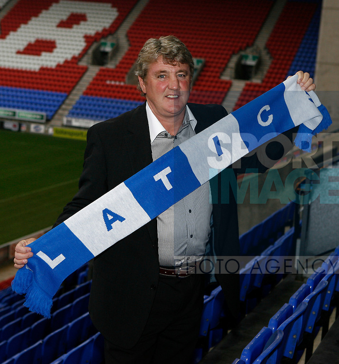 Steve Bruce is unveiled as the new Wigan Athletic manager at the JJb Stadium