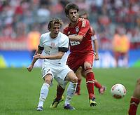 FUSSBALL   1. BUNDESLIGA  SAISON 2012/2013   3. Spieltag FC Bayern Muenchen - FSV Mainz 05     15.09.2012 Nicolai Mueller (li, 1. FSV Mainz 05) gegen Javi , Javier Martinez (FC Bayern Muenchen)