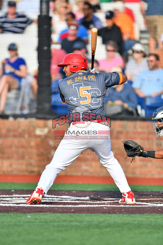 Johnson City Cardinals first baseman Leandro Cedeno (5) awaits a pitch during a game against the Pulaski Yankees at TVA Credit Union Ballpark on July 7, 2018 in Johnson City, Tennessee. The Cardinals defeated the Yankees 7-3. (Tony Farlow/Four Seam Images)