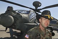 - pilot of an anti tank combat helicopter Apache  based in Germany with cavalry hat (USA)....- pilota di un elicottero da combattimento anticarro Apache di stanza in Germania con il cappello della cavalleria (USA)