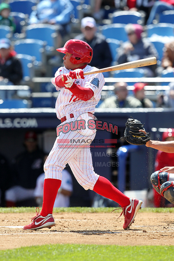 Reading Phillies second baseman Fidel Hernandez #14 at bat during a game against the New Hampshire Fisher Cats at FirstEnergy Stadium on May 5, 2011 in Reading, Pennsylvania.  New Hampshire defeated Reading by the score of 10-5.  Photo By Mike Janes/Four Seam Images