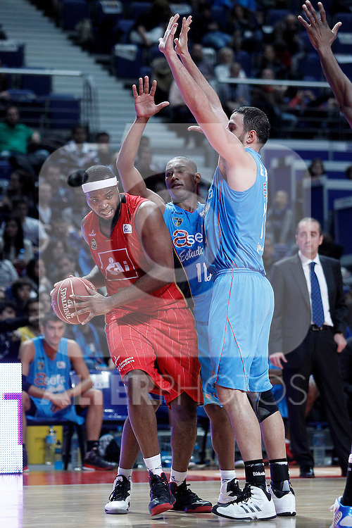 Asefa Estudiantes' Jayson Granger (c) and German Gabriel (r) and Cai Zaragoza's Joseph Jones during Liga Endesa ACB match.November 11,2012. (ALTERPHOTOS/Acero)