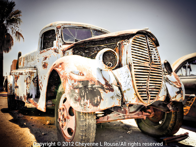 1939 Ford Tanker Truck - Arizona - Old City of Phoenix Truck