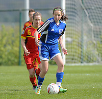 U 15 Belgian Red Flames - Virginia USA :<br /> <br /> Duel tussen Sieglinde Brys (L) en Annie Sorando (R)<br /> <br /> foto Dirk Vuylsteke / Nikonpro.be