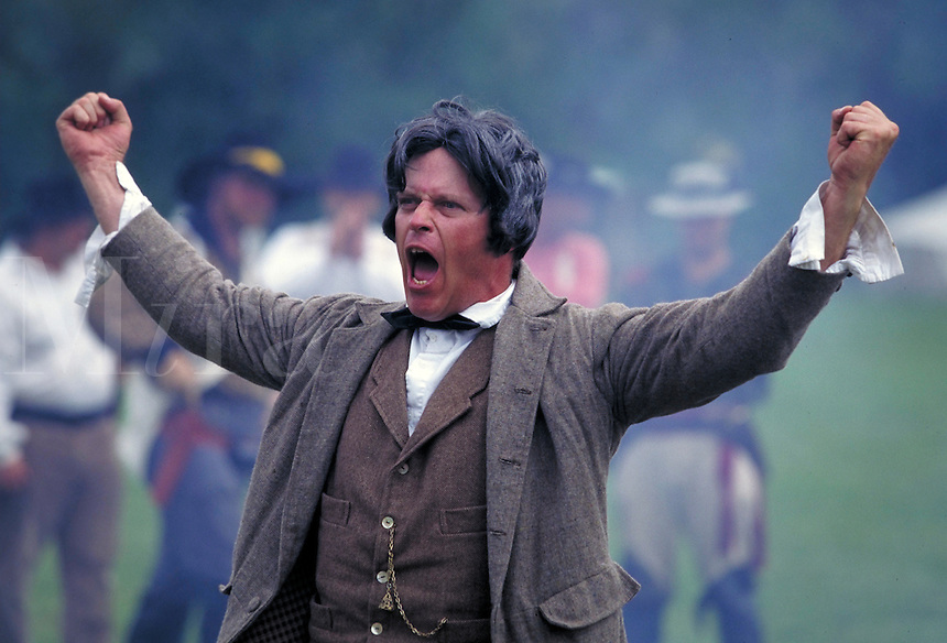 Heartland Trails Festival - Portrait of a man in Historical costume giving a dramatic speech, men, male, freedom, liberty, relinquished ; NR.