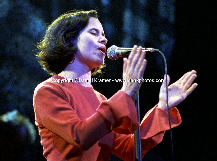 Natalie Merchant performs with 10,000 Maniacs at the Universal Amphitheater in Los Angeles on Friday, December 18, 1992.