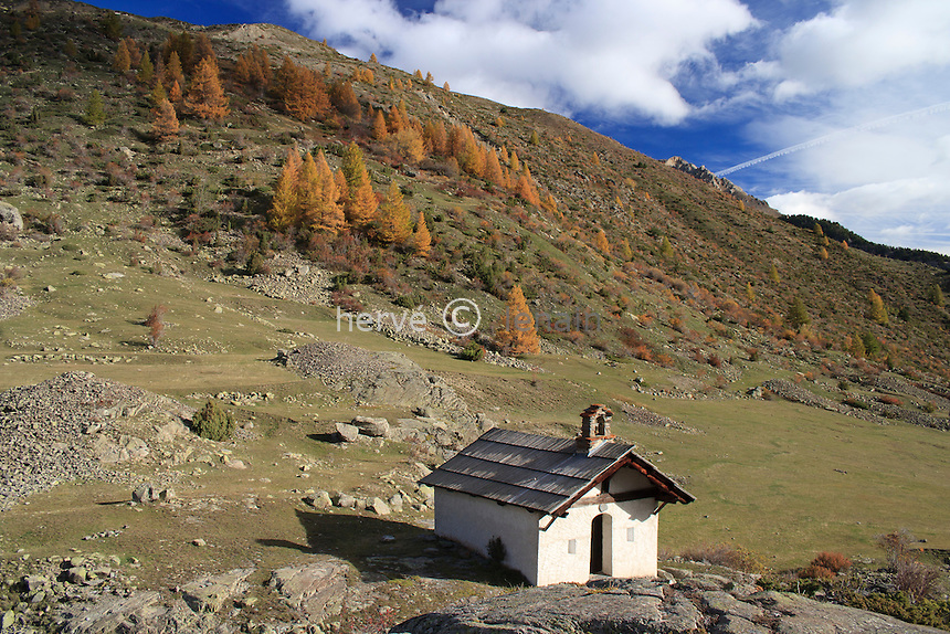 France, Hautes-Alpes (05), Vallée de la Clarée, Névache, chapelle Sainte-Barbe // France, Hautes Alpes,Valley of Claree, Nevache, chapel St. Barbe