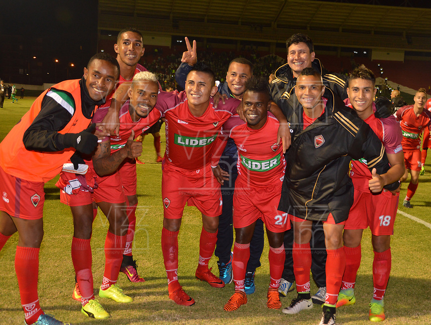 TUNJA - COLOMBIA - 15 - 02 - 2018: Los jugadores Patriotas F. C., celebran la victoria sobre Atletico Nacional, durante partido Patriotas FC y Atletico Nacional, de la fecha 3 por la Liga de Aguila I 2018 en el estadio La Independencia en la ciudad de Tunja. / The players of Patriotas F. C., celebrate the victory to Atletico Nacional, during a match between Patriotas F. C. and Atletico Nacional, of the date 2th for the Liga de Aguila I 2017 at La Independencia stadium in Tunja city. Photo: VizzorImage  /  Jose Miguel Palencia / Cont.