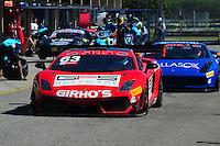 RIO DE JANEIRO, RJ, 22 DE JULHO 2012 - CAMPEONATO BRASILEIRO DE GRAN TURISMO - CORRIDA 2 - 4ª ETAPA - RIO DE JANEIRO - O piloto G.Figueiroa, pára no box para troca de piloto, durante a corrida 2 da 4ª etapa do Campeonato Brasileiro de Gran Turismo, disputado no Autodromo Internacional Nelson Piquet, Jacarepagua, Rio de Janeiro, neste domingo, 22. FOTO BRUNO TURANO  BRAZIL PHOTO PRESS