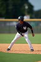 New York Yankees Everson Pereira (21) leads off first base during a Florida Instructional League game against the Philadelphia Phillies on October 11, 2018 at Yankee Complex in Tampa, Florida.  (Mike Janes/Four Seam Images)