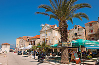 Restaurants in Supetar harbour, Bra? island, Croatia