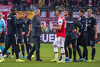 Trainer Adi Hütter (Eintracht Frankfurt) klatscht ab nach dem Spiel - 19.09.2019:  Eintracht Frankfurt vs. Arsenal London, UEFA Europa League, Gruppenphase, Commerzbank Arena<br /> DISCLAIMER: DFL regulations prohibit any use of photographs as image sequences and/or quasi-video.
