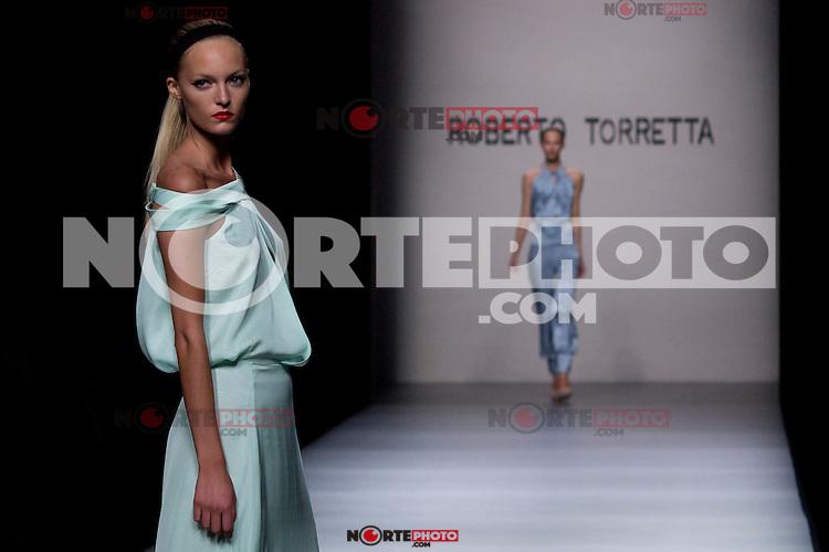 02.09.2012. Models walk the runway in the Roberto Torretta fashion show during the Mercedes-Benz Fashion Week Madrid Spring/Summer 2013 at Ifema. (Alterphotos/Marta Gonzalez) /NortePhoto.com<br /> <br /> **CREDITO*OBLIGATORIO** <br /> *No*Venta*A*Terceros*<br /> *No*Sale*So*third*<br /> *** No*Se*Permite*Hacer*Archivo**<br /> *No*Sale*So*third*