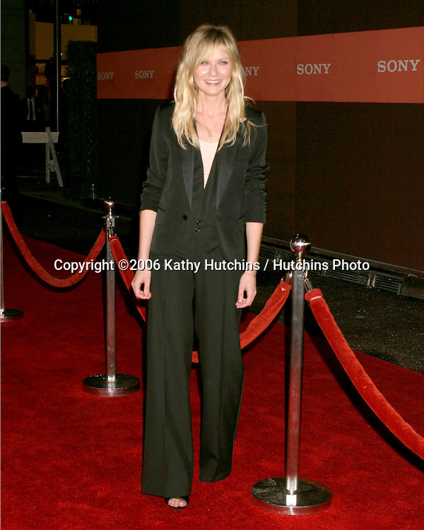 Kirsten Dunst.Sony Corporate Party.Rodeo Drive.Beverly Hills , CA.September  30, 2006.©2006 Kathy Hutchins / Hutchins Photo....