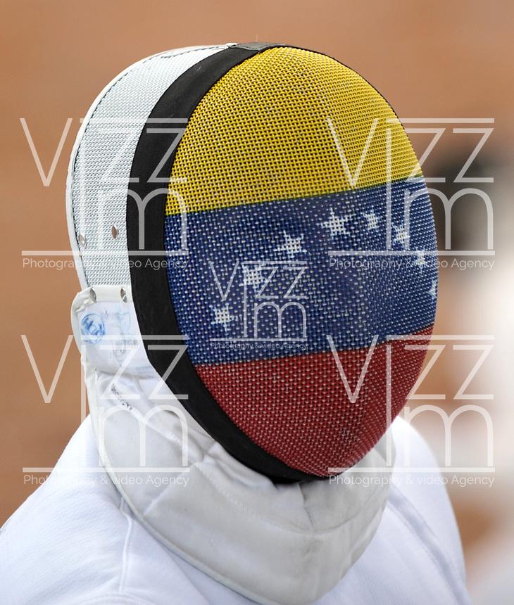 BOGOTA – COLOMBIA – 25 – 05 – 2017: Atleta de Venezuela, durante entreno del Gran Prix de Espada Bogota 2017, que se realiza en el Centro de Alto Rendimiento en Altura, del 26 al 28 de mayo del presente año en la ciudad de Bogota.  / Athlete from Venezuela, during training of the Grand Prix of Espada Bogota 2017, that takes place in the Center of High Performance in Height, from the 26 to the 28 of May of the present year in The city of Bogota. / Photo: VizzorImage / Luis Ramirez / Staff.