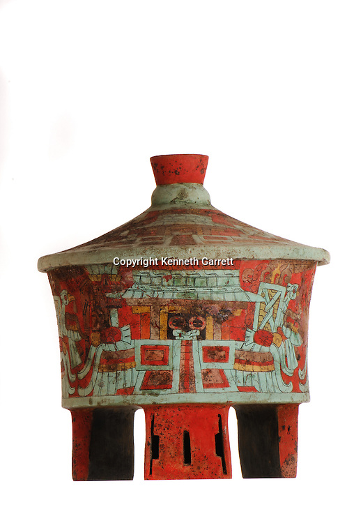 Maya rise and Fall, Copan, Honduras, Hunal Tomb materials, Tomb of Yax Kuk Mo,  Dazzler vessel from Margarita Tomb also from central Mexico clay source, ie TEO production import