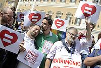 Roma, 18 Aprile 2015<br /> Piazza Montecitorio<br /> Associazioni omosessuali, Certi diritti, Affermazione Civile, davanti  la sede della Camera dei Deputati a Montecitorio per chiedere la riforma del Diritto di Famiglia che estenda il matrimonio civile a tutte e tutti.<br /> Lostesso amore, gli stessi diritti