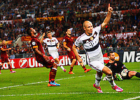 Bayer's Arjen Robben celebrates after scoring during the Champions League Group E soccer match between As Roma and FC Bayern Munchen at the Olympic Stadium in Rome october 21 , 2014.