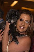 SÃO PAULO, SP, 16.11.2016 -  RITA LEE - Rita Cadillac prestigia a cantora Rita Lee durante o lançamento de sua autobiografia, na Livraria Cultura do Conjunto Nacional, na Avenida Paulista, em São Paulo, nesta quarta-feira, 16. (Foto: Ciça Neder / Brazil Photo Press)
