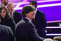 Bundestrainer Joachim Loew (Deutschland Germany) begrüßt Trainerkollegen - 30.11.2019: UEFA EURO2020 Auslosung, Romexpo Bukarest, DISCLAIMER: UEFA regulations prohibit any use of photographs as image sequences and/or quasi-video.