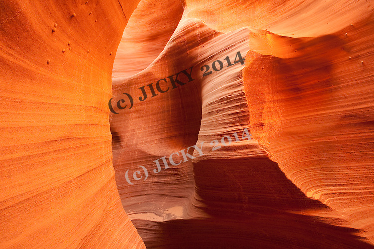 Sandstone walls of the Rattlesnake slot Canyon