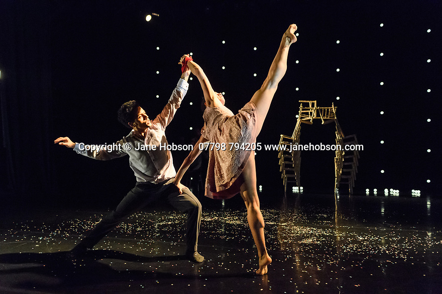 London, UK. 20.11.2018. Didy Veldman's Umanoove present THE KNOT in its London premiere, at The Place.  Dancers are: Oliver Chapman, Sam Costello, Mathieu Geffre, Mai Lisa Guinoo, Sara Harton, Dane Hurst, Angela Venturini. Photograph © Jane Hobson.