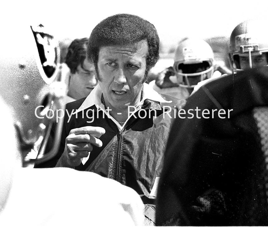 Oakland Raider coach Tom Flores..(1979 photo/Ron Riesterer)