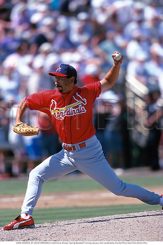 JESSE OROSCO, ST LOUIS CARDINALS v Baltimore Orioles, Spring Baseball Training 000321, Fort Lauderdale, Florida Photo:Glyn Kirk/Action Plus...Pitcher.2000.