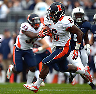 November 2, 2013  (State College, Pennsylvania)  Running back Josh Ferguson #6 of the Illinois Fighting Illini carries the ball in the first quarter against the Penn State Nittany Lions  Penn State won in OT 24-17. (Photo by Don Baxter/Media Images International)