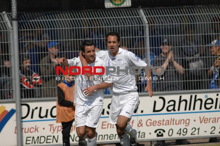 3. FBL 2008/2009 33. Spieltag RŁckrunde BSV Kickers Emden vs. FC Rot-WeiŖ Erfurt, TorschŁtze Alban Ramaj (Emden #10) jubelt mit Andy Nšgelein (Emden #22) , Foto © nph (nordphoto)