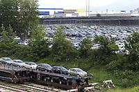 Cassino, maggio 2009.Stabilimento FIAT.Il deposito delle automobili.FIAT.The storage of cars