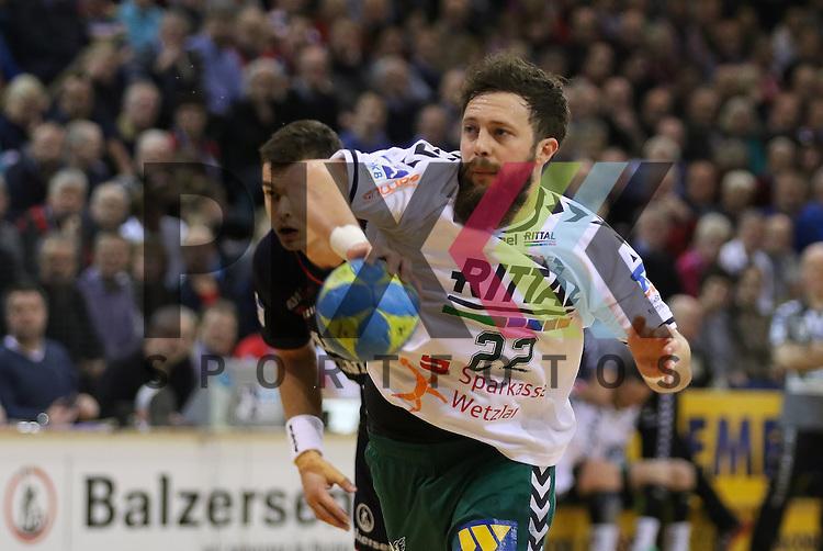 Flensburg, 15.03.16, Sport, Handball, DKB Handball Bundesliga, SG Flensburg-Handewitt-HSG Wetzlar : Maximilian Holst (HSG Wetzlar, #22)<br /> <br /> Foto &copy; PIX-Sportfotos *** Foto ist honorarpflichtig! *** Auf Anfrage in hoeherer Qualitaet/Aufloesung. Belegexemplar erbeten. Veroeffentlichung ausschliesslich fuer journalistisch-publizistische Zwecke. For editorial use only.