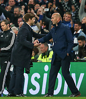 Managers Mauricio Pochettino of Tottenham Hotspur and Zinedine Zidane of Real Madrid shake hands after the final whistle in the UEFA Champions League Group H match between Tottenham Hotspur and Real Madrid at Wembley Stadium on November 1st 2017 in London, England. Foto Phc / Panoramic / Insidefoto