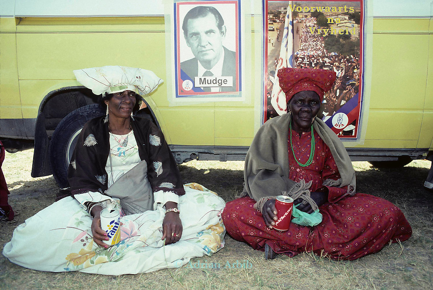 Herero women wating to vote nrear Grootfontein during the 1989 Namibian elections. Namibia.
