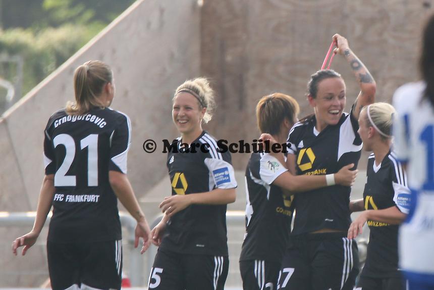 Torjubel um Peggy Kuznik (FFC) beim 1:0 - 1. FFC Frankfurt vs. MSV Duisburg