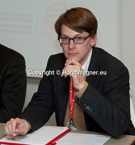 Brussels-Belgium - November 26, 2011 -- Re:new - PES Progressive Convention; here, workshop on: Active Democracy, 3. Topic: Where now for the transnational parties? Organised by: FEPS and Karl Renner Institut; speaker Sebastian Gröning (Groning, Groening) von Thüna (Thuna, Thuena) (SPD Düsseldorf) -- Photo: Horst Wagner / eup-images
