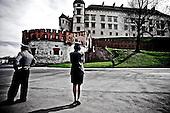 Krakow 18/04/2010 Poland<br /> People mourning the tragic death of President Lech Kaczynski and his wife in Krakow before funeral.<br /> on pictures: Police await the funeral cortege at Wawel.<br /> Photo: Adam Lach / Napo Images for The New York Times<br /> <br /> Zaloba po tragicznej smierci Prezydenta Lecha Kaczynskiego i jego malzonki w Krakowie przed pogrzebem.<br /> na zdjeciu: policja oczekuje kordonu z trumnami pod Wawelem.<br /> Fot: Adam Lach / Napo Images for The New York Times
