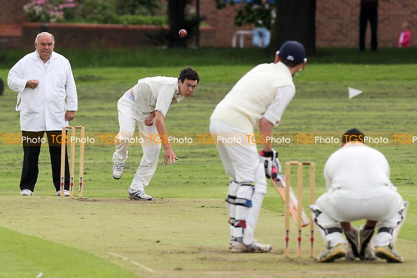 Hornchurch CC 2nd XI (fielding) vs Chelmsford CC 2nd XI - Essex Cricket League at Harrow Lodge - 21/07/12 - MANDATORY CREDIT: Gavin Ellis/TGSPHOTO - Self billing applies where appropriate - 0845 094 6026 - contact@tgsphoto.co.uk - NO UNPAID USE.